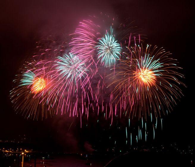 1045px-British_Fireworks_Championship_2009_11